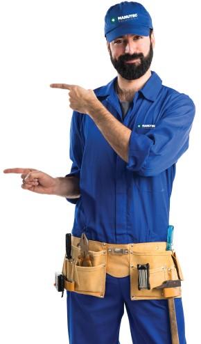 imagem de um colaborador de uniforme azul